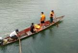 Nghệ An: Lật thuyền, một người mất tích