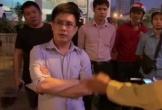 Clip: Tài xế ô tô say xỉn, cãi tay đôi, chống đối CSGT bị phạt 17 triệu đồng ở Hà Nội