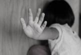 Bé 9 tuổi bị ông nội hiếp dâm tại nhà