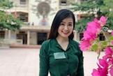 Nữ giám thị xinh đẹp gây chú ý tại điểm thi ở Nghệ An