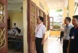 Kê điện thoại di động dưới ghế, 1 thí sinh Thanh Hóa bị phát hiện