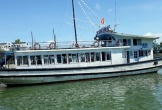 Nam nhân viên quay lén khách tắm, một tàu du lịch bị đình chỉ hoạt động