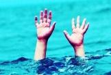 Nghệ An: Mẹ đi tìm 2 con phát hiện cả hai đuối nước nổi lên trong ao