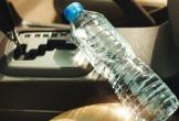 Xem clip chai nước trong xe ô tô giữa trời nắng nguy hiểm đến mức nào