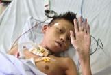 Cậu bé 13 tuổi từng bị gia đình in ảnh thờ đã hồi sinh kì diệu