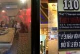 Quán karaoke chui cho tiếp viên mặc hở bạo ở quận 1