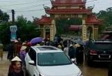 Người dân vây nhóm xăm trổ đến phá cổng làng