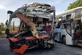 2 xe khách tông nhau, 1 người chết, 40 người bị thương