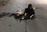 Xe máy chở 5 người đâm dải phân cách, 4 người tử vong trong đêm
