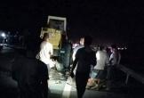 Xe máy tông xe lu đậu bên đường, 2 thanh niên tử vong tại chỗ