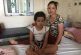 Vừa mất con trai vì xuất huyết não, bà mẹ đau đớn khi con gái bị ung thư