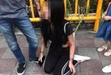Cô gái nằm sõng soài bất động bên đường sau hành động tàn nhẫn của người chồng