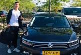 Soi ôtô Đoàn Văn Hậu vừa được Heerenveen cấp riêng