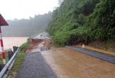 Ngập sâu, nhiều tuyến đường từ Hà Tĩnh tới Huế chưa thể thông tuyến
