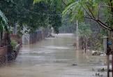 Hồ Kẻ Gỗ tăng lượng xả tràn, nhiều nơi ở Hà Tĩnh lại ngập