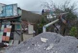 Gió lớn thổi bay nguyên mái tôn nhà dân ở Quảng Nam