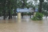 Hoàn lưu bão số 9 gây mưa gió lớn, hơn 28.000 học sinh ở Hà Tĩnh nghỉ học