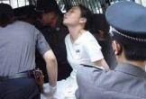 Bị xử bắn vì giết bạn trai, nữ tử tù xinh đẹp vẫn 'bật quan tài' sống dậy