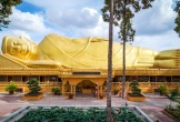 """Ngôi chùa """"dát vàng"""" có bức tượng Phật nằm ngoài trời lớn nhất Việt Nam"""