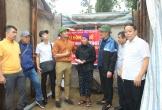 Diễn viên Quý Bình trao hơn 1 tỷ đồng hỗ trợ làm nhà cho người dân Hà Tĩnh