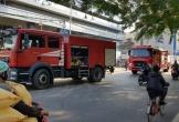 Cảnh sát phá cửa cứu cụ bà 80 tuổi khỏi căn nhà cháy
