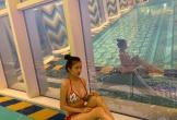 Vợ hai của đại gia Minh Nhựa diện bikini khoe thân hình 'nóng bỏng mắt' dù đã là bà mẹ 2 con