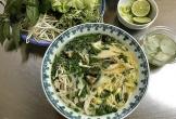Món bún chế biến từ đồ ăn 'thừa'