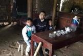 Người đàn ông mắc ung thư, một mình nuôi 2 con nhỏ