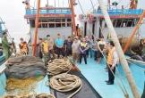 Nổ súng truy bắt 2 tàu giã cào đánh bắt trái phép trên vùng biển Hà Tĩnh