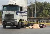 Container tông xe máy, 1 người tử vong