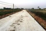Hà Tĩnh: Dự án đường hơn chục tỷ nứt nẻ khi mới đổ bê tông