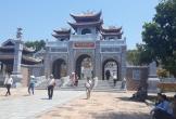 Đền Chung Sơn: Thế tựa núi linh thiêng, uy nghiêm sừng sững