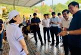 Thứ trưởng Bộ Y tế kiểm tra công tác y tế cơ sở tại Hà Tĩnh