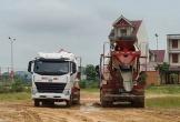 Hà Tĩnh: Xe bồn thi công dự án kéo theo bùn đất phủ kín mặt đường nội thị