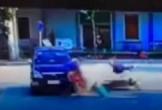 Kinh hoàng va chạm 2 xe máy, 1 người văng gầm ô tô tử vong tại chỗ