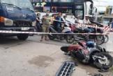 Kinh hoàng xe tải mất lái chồm lên tông chết người ở cột chờ đèn đỏ