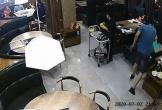 Video: Chồng lao vào nhà hàng tát vợ như trời giáng vì đi ăn với hai người đàn ông khác