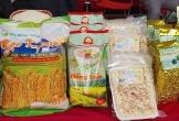 'Tuần lễ giới thiệu nông sản sạch tỉnh Bắc Kạn năm 2020' tại VinMart thu hút người tiêu dùng.