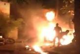 Nghệ An: Nam thanh niên chặn đường đổ xăng đốt cháy con nợ