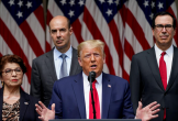 Liên tục xài chữ 'virus Trung Quốc', ông Trump nói Bắc Kinh 'tàn phá thế giới'