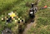 Hà Tĩnh: Phát hiện người đàn ông tử vong cạnh xe máy