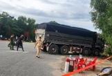 Hà Tĩnh: Xe tải cuốn xe máy vào gầm, một người đàn ông tử vong thương tâm