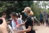 Nữ sinh lớp 7 bị đàn chị xưng là Thảo 'đại bàng' chặn đánh trên đường đi học về