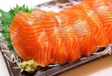 Ăn cá hồi theo cách này, bổ dưỡng đâu chưa thấy mà coi chừng rước bệnh vào thân