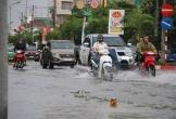 Các tuyến đường lớn tại TP Hà Tĩnh bị ngập sâu, giao thông bị chia cắt sau bão số 5