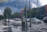 Nghệ An, Hà Tĩnh mưa dữ dội, đường phố ngập cục bộ