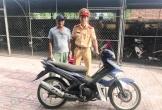 Hà Tĩnh: Bất ngờ nhận lại xe máy sau 7 năm bị kẻ gian lấy cắp