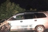 Xe Innova tông đoàn xe máy đi ăn cưới, 9 người bị thương