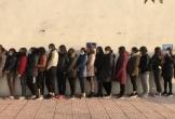 Hà Tĩnh: Gần 100 công an đột kích bắt 12 'nữ quái' đường dây đánh bạc tiền tỷ