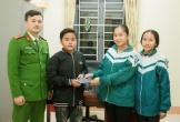 Nhặt được điện thoại iPhone 6, hai nữ sinh Hà Tĩnh tìm người trả lại